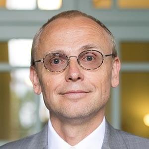 Associate Dean Arthur Verhoogt